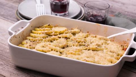 Italiaanse aardappelschotel met gehakt