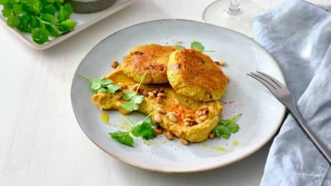 Couscouskoekjes met avocado-hummus