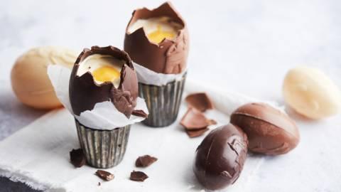 Chocolade paaseitjes met mascarponecrème en advocaat