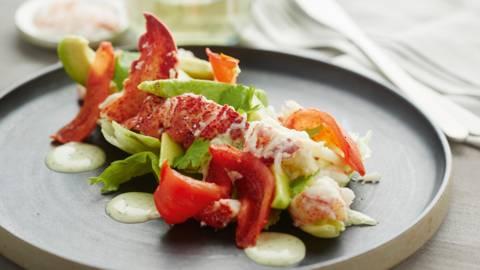 Kreeftensalade met gekonfijte tomaat en koriander