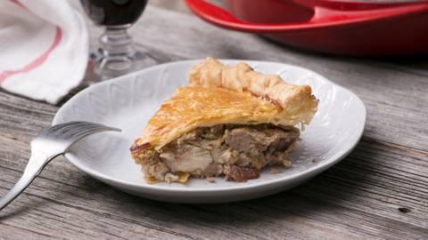 Pot pie van kalkoenstoofvlees en veenbessen