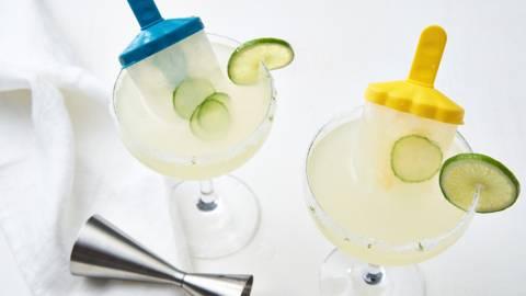 Zomerse cocktail met waterijsje
