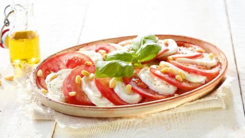 Carpaccio van tomaten met buffelmozzarella