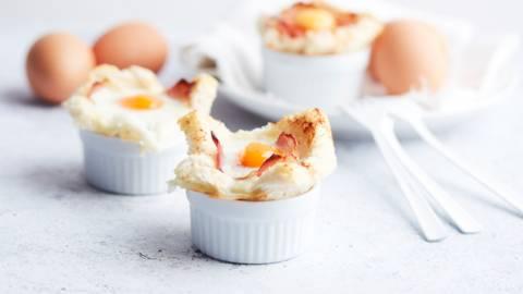 Eieren uit de oven met parmaham