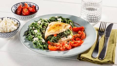 Gevulde kalkoenlapjes met zongedroogde tomaten en spinazie