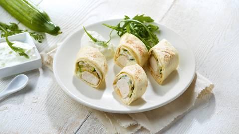 Wrap met gegrilde kip, courgette en tzatziki van komkommer