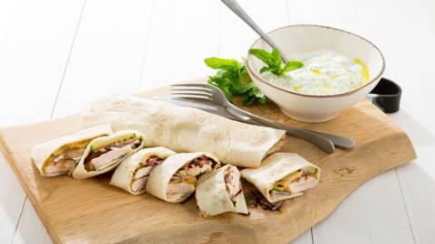 Tortilla met kip en tzatziki