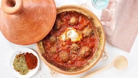 Kefta-tajine met tomatensaus