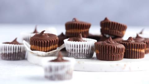 Chocoladecups met speculaas