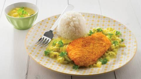 Gepaneerd kippenlapje met currysausje