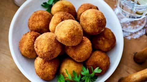 Risottoballetjes met mozzarella