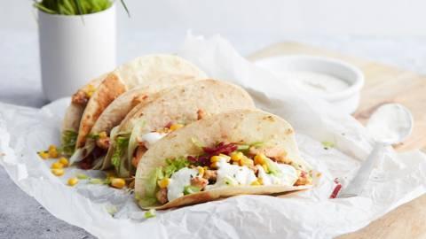 Taco's met kip, bresaola en maïs