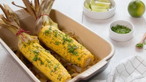 Geroosterde maïs met kruidenboter