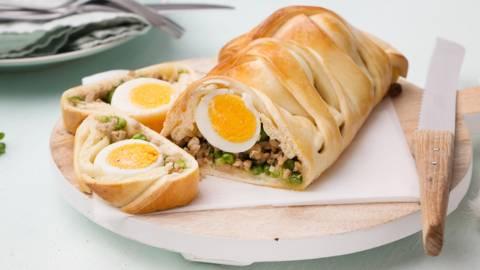 Vlechtbrood voor Pasen