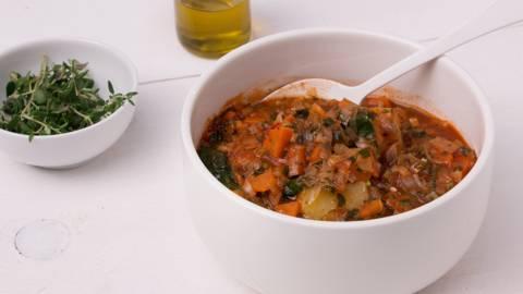 Toscaanse groentesoep met brood