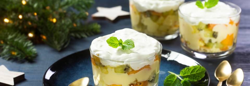 Trifle met exotisch fruit en pudding