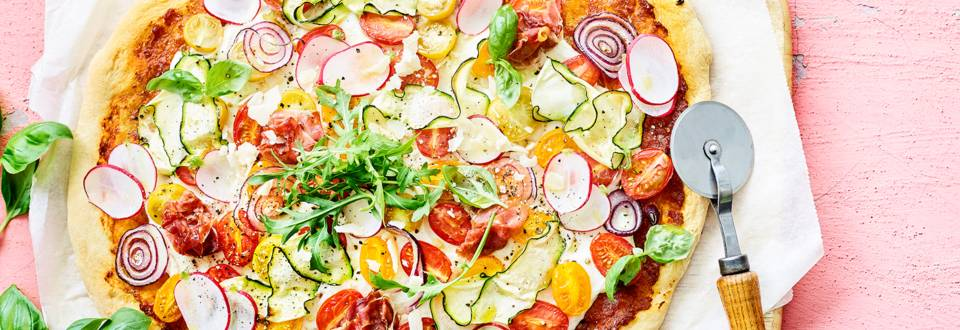 Homemade zomerpizza
