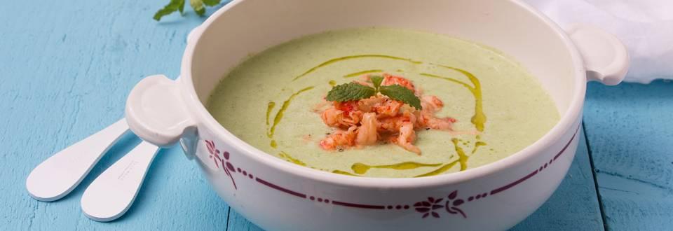 Zomers soepje met rivierkreeftjes
