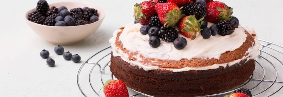 Quatre-quarts cake met fruit