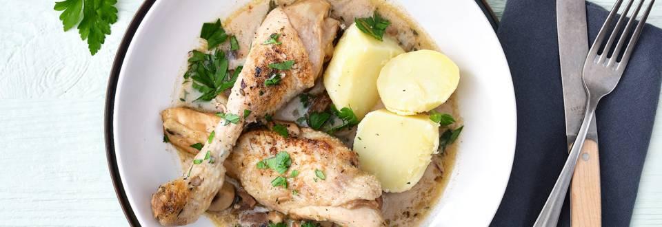 Parelhoen met champignonsaus en aardappelen _main_play