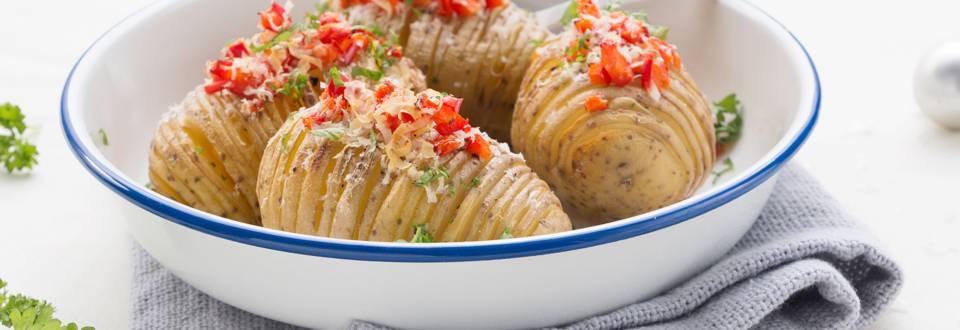 Hasselback-aardappelen met knoflook